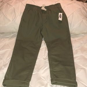 NWT Old Navy Girl's pants. Medium(8).